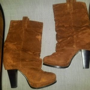 Woman's Brown boots size 8.5